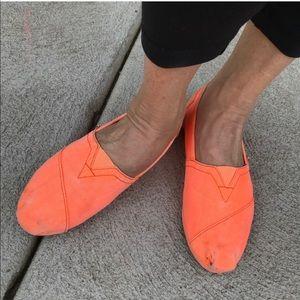 Rare Bright Orange Toms Slip on Shoes Size 6